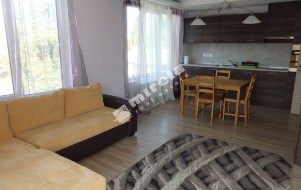 тристаен апартамент софия agxktadg