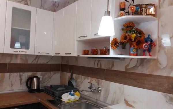 тристаен апартамент софия bl81x4eh