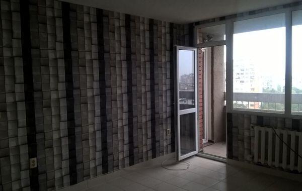 тристаен апартамент софия c68ewjtu