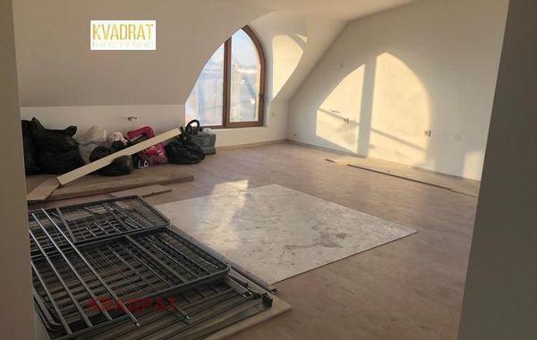 тристаен апартамент софия c7pw1k8j