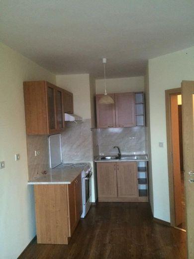 тристаен апартамент софия cb5q6ny1