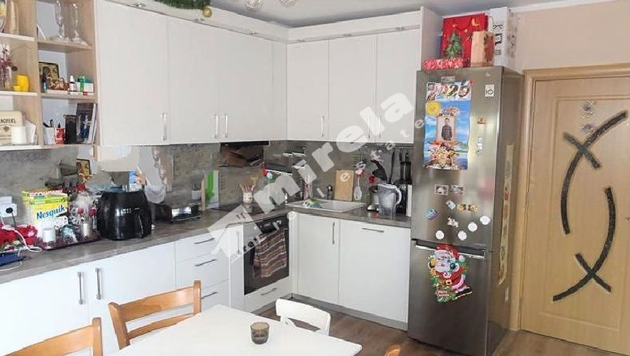 тристаен апартамент софия cea23vvf