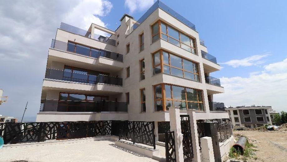 тристаен апартамент софия cg72vl92