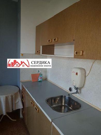 тристаен апартамент софия cqkg9t73