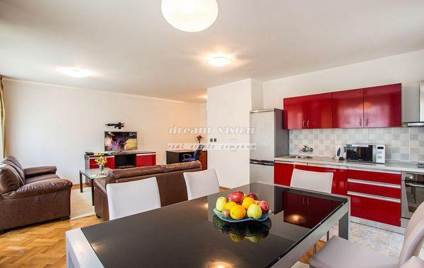 тристаен апартамент софия cwr6sy3v