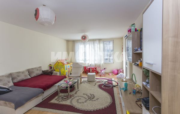 тристаен апартамент софия d58b895j