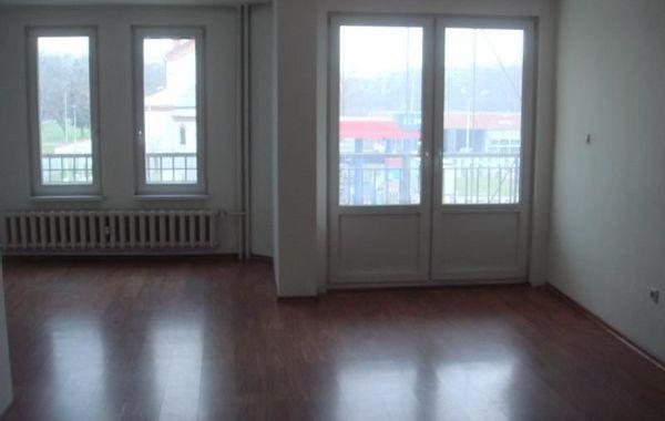 тристаен апартамент софия d5bvnppn