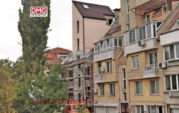 тристаен апартамент софия d8164mff