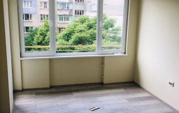 тристаен апартамент софия d8buylqe