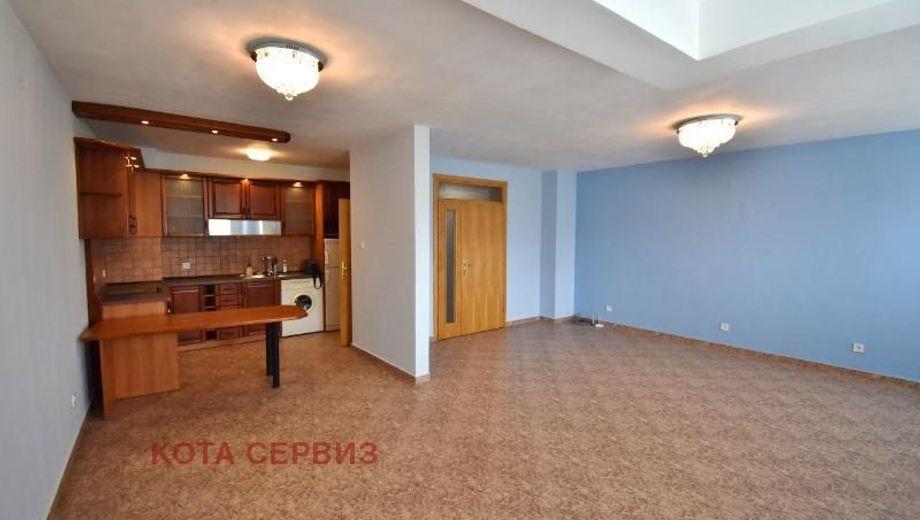 тристаен апартамент софия dpsd33pb
