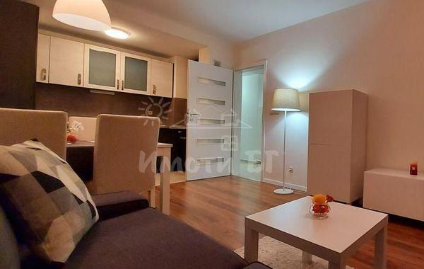 тристаен апартамент софия e2r783fn