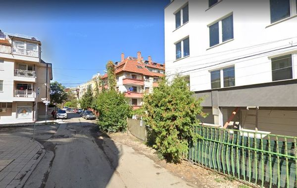 тристаен апартамент софия e7px2yrb
