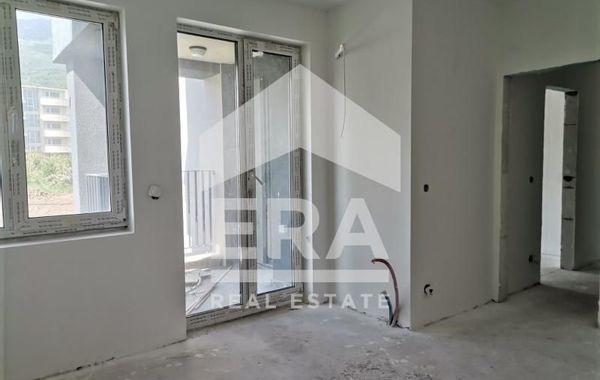 тристаен апартамент софия e9g1e4af