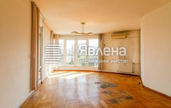 тристаен апартамент софия e9wjf6pt
