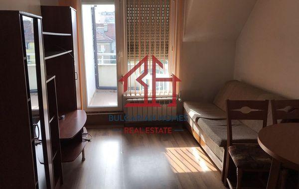 тристаен апартамент софия egw55v7w