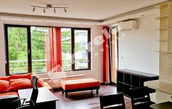 тристаен апартамент софия esxr3145