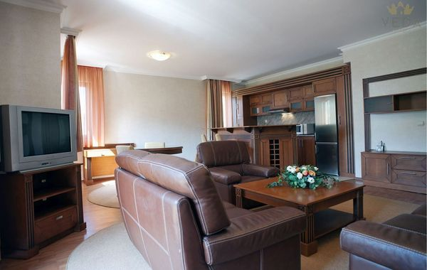 тристаен апартамент софия farwercf