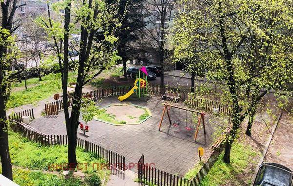 тристаен апартамент софия fu15x1xm