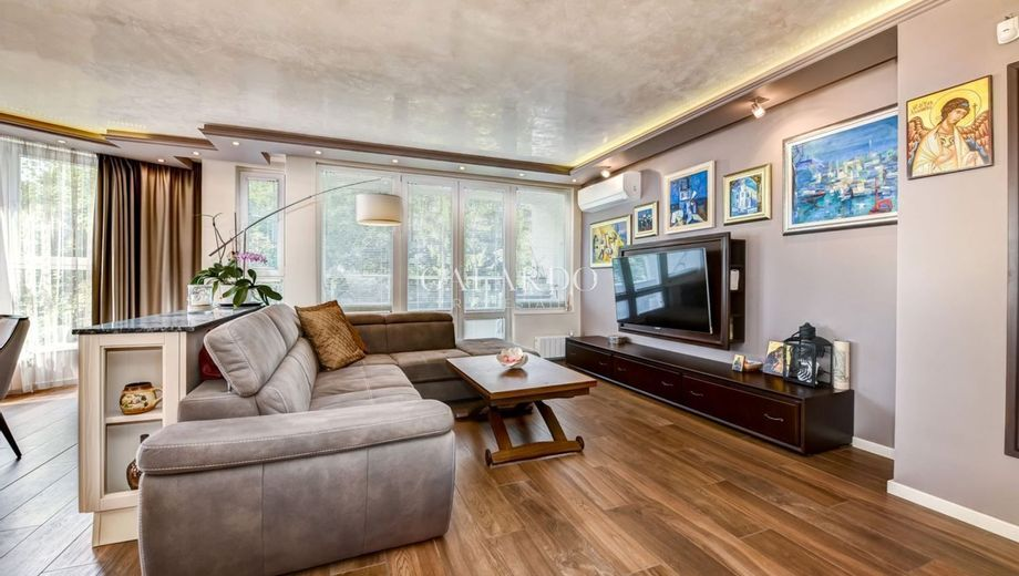 тристаен апартамент софия fwel6rtd