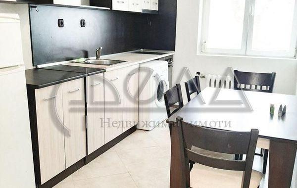 тристаен апартамент софия g4c4werx