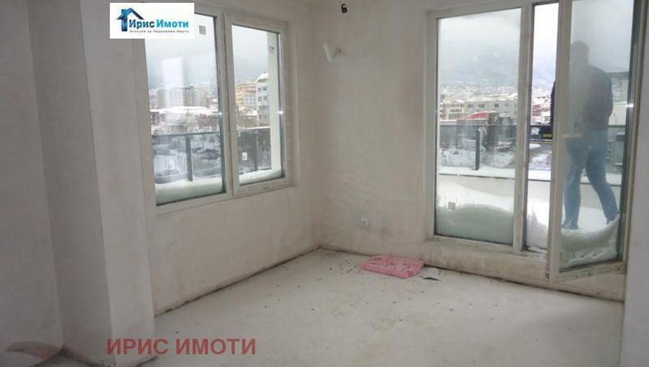 тристаен апартамент софия gxmt2jtg