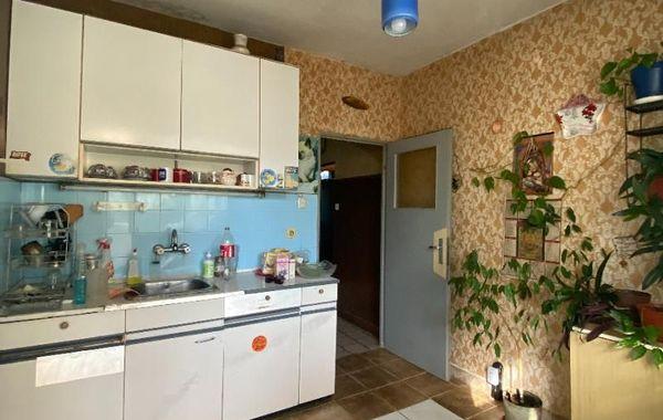 тристаен апартамент софия h9sm64c1