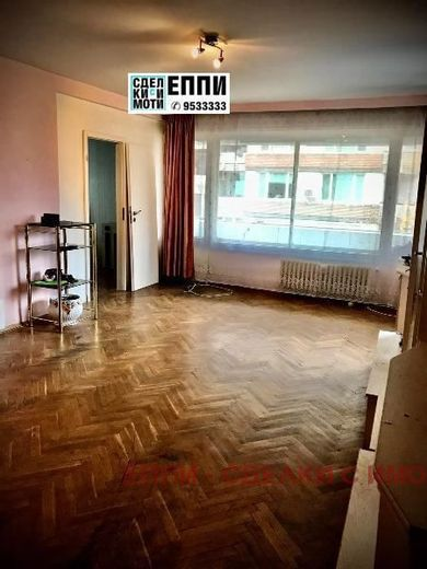 тристаен апартамент софия hd67knuu