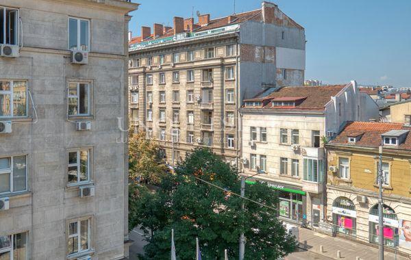 тристаен апартамент софия hdxwjqxm
