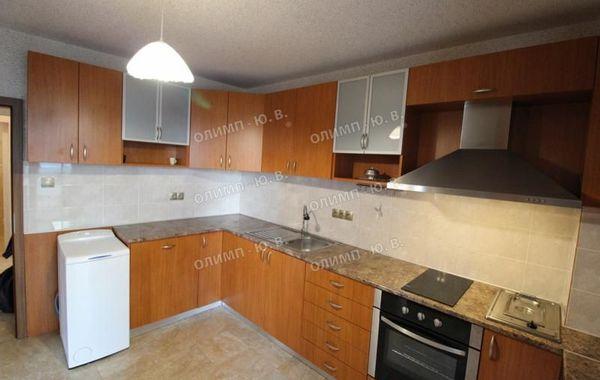 тристаен апартамент софия hf2vnlcr