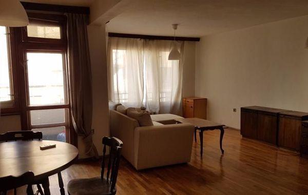 тристаен апартамент софия hgwn42w2