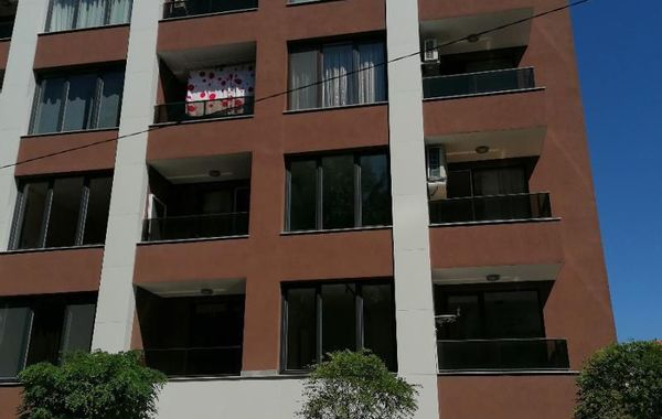 тристаен апартамент софия jl28xnjx