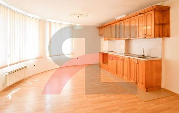 тристаен апартамент софия jtlabkb7