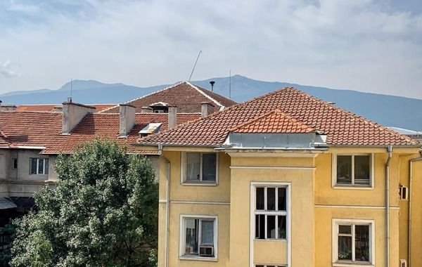 тристаен апартамент софия juulrvpp
