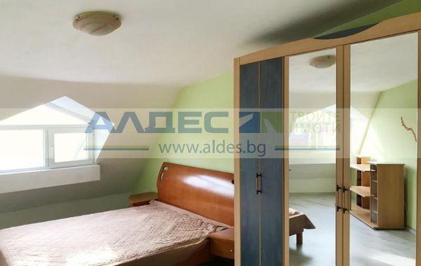 тристаен апартамент софия k57ay3hb