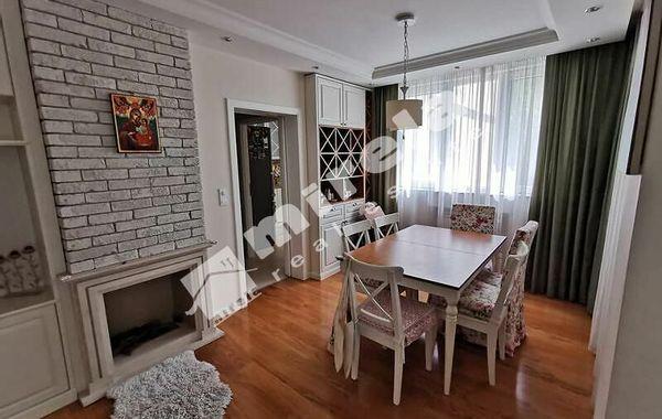 тристаен апартамент софия kujfsgse