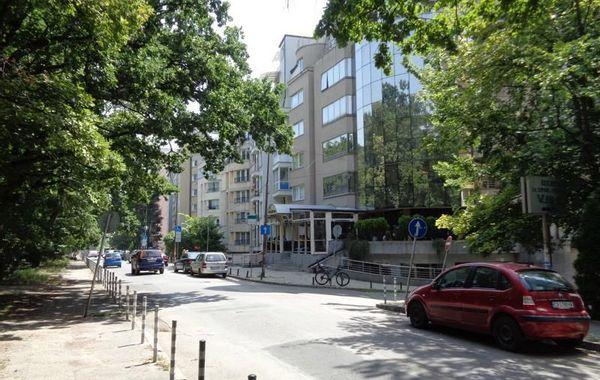 тристаен апартамент софия kvkywfmg