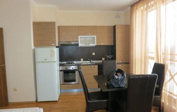 тристаен апартамент софия l7daestx