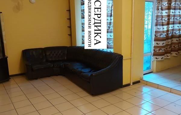тристаен апартамент софия lawv6r8r