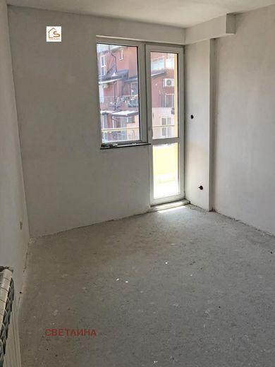 тристаен апартамент софия lhg6jfsf