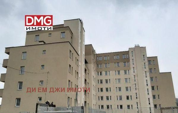 тристаен апартамент софия lnbdhsvg