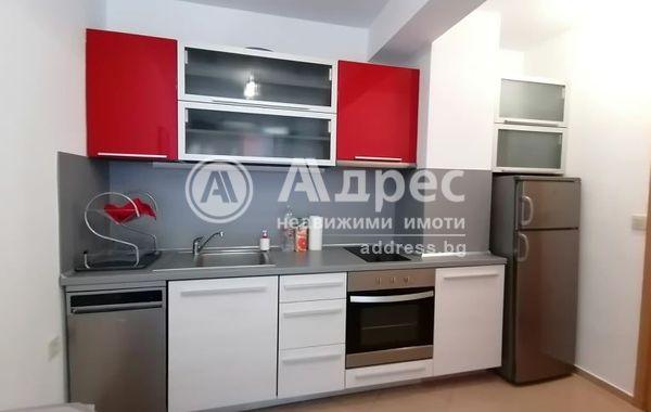 тристаен апартамент софия lrvrrd54
