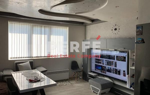 тристаен апартамент софия lsepuaq3