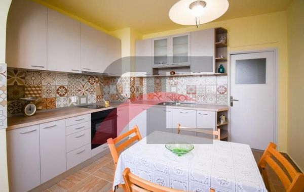 тристаен апартамент софия m8blx5l2