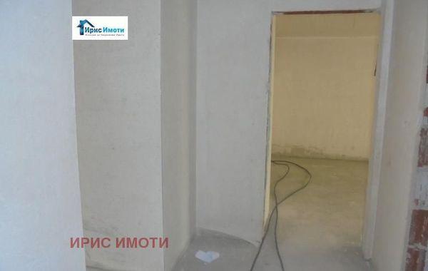 тристаен апартамент софия mg3vsral
