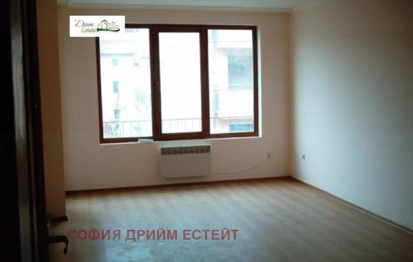 тристаен апартамент софия mqdje17x