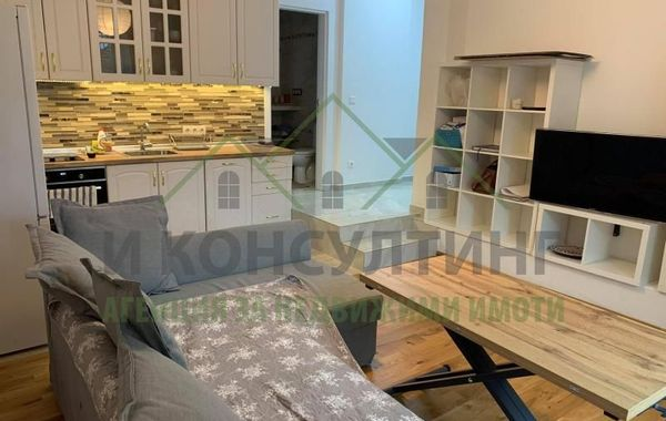 тристаен апартамент софия mu3b4laq