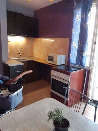 тристаен апартамент софия n4yyydxj