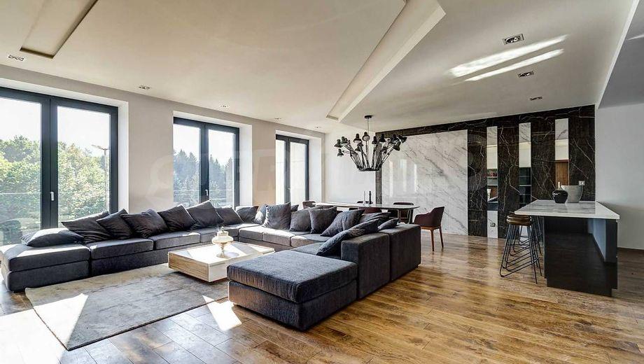 тристаен апартамент софия nh3rrjlr