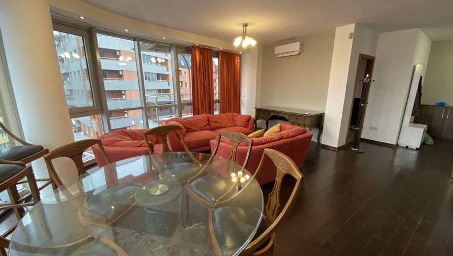 тристаен апартамент софия njekryxv