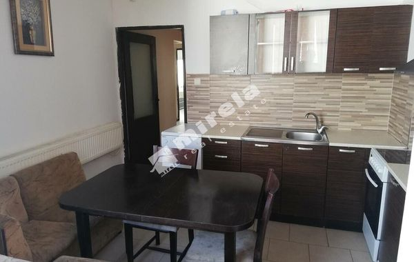 тристаен апартамент софия pr3x7f1d